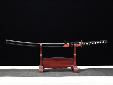 春意武士刀